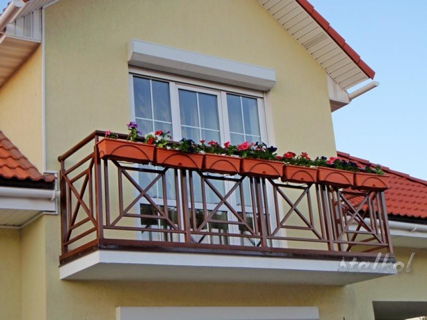 Ограждение балкона своими руками: как сделать фигурный столб.